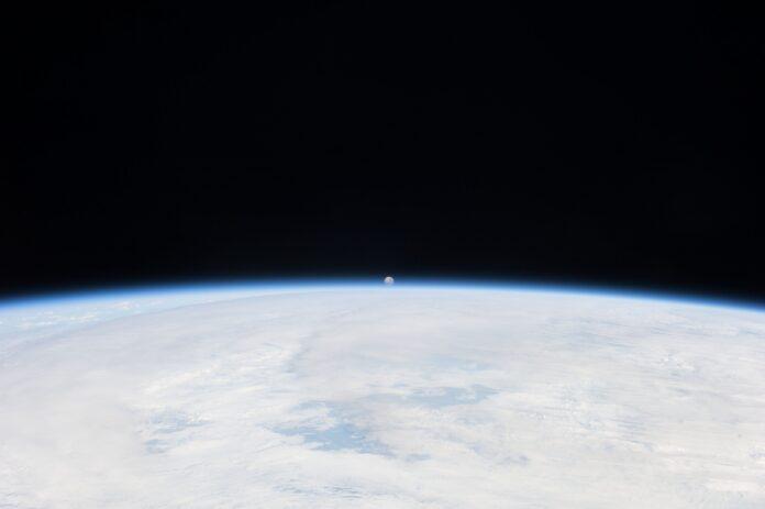 nasa spacex luna