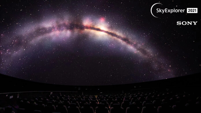 primul planetariu 10K si 3D